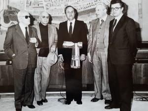 I sindaci di Pesaro dal 1944 al 1986, da sx, Renato Fastigi, primo sindaco eletto in regime repubblicano; Mario Commandini, precedente sindaco del CLN, Giorgio Tornati, Giorgio De Sabbata, Marcello Stefanini
