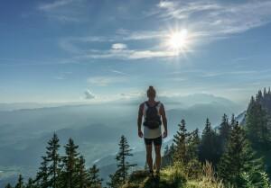 trekking-ed-escursionismo-la-passione-degli-italiani-non-si-ferma