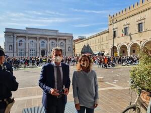 L'assessore regionale Francesco Baldelli con la presidente di Confcommercio Fano Barbara Marcolini