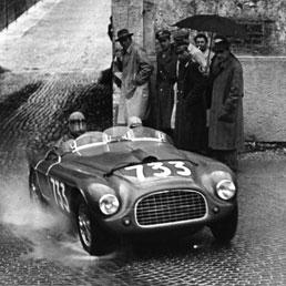 Dorino Serafini alla Mille Miglia del 1950 con la Ferrari ufficiale