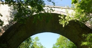 Ponte ad arco sulla Sp 42 nel comune di Cagli