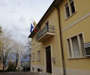 Bandiere a Mezz'asta Vallefoglia
