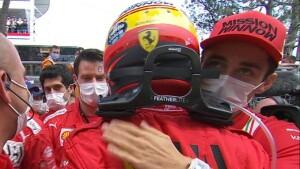 I complimenti del deluso Leclerc al compagno Sainz