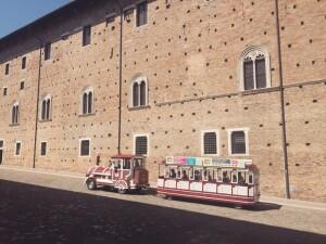 Urbino Explorer