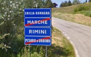 marche-emilia-romagna-confine-strada